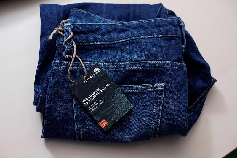DENIM technology is used with Diresul® RDT blue specialties