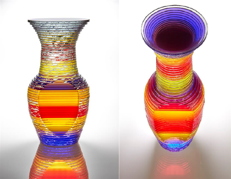 Decorative Glass Sculpture made using optically clear plate glass laminated with Clariant´s Hostatint A 100-ST pigment preparations (Yellow, Red, Blue)