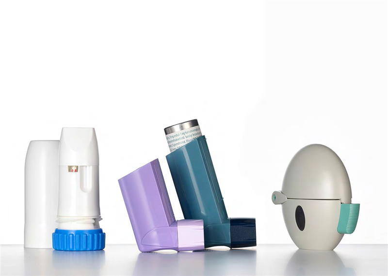 Inhalers rely on consistent flow of the drug into the lungs of the patient. Static charges can result in deposits on the walls of the plastic parts reducing dose reliability. (Photo: Clariant)