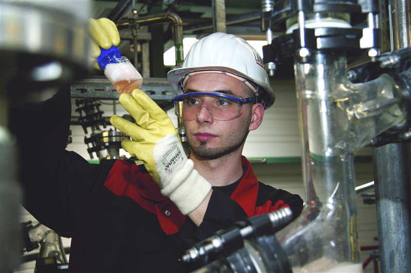 At its site in Bitterfeld, Germany, LANXESS produces ion exchange resins for water treatment under the brand name Lewatit. Photo: LANXESS AG